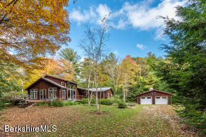 136 East St, Mt Washington, MA 01258