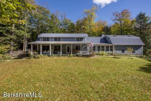 251 Capt Whitney, Becket, MA 01223