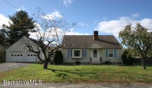 5 Magnolia St, Great Barrington, MA 01230