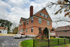 106 Wendell Ave, Pittsfield, MA 01201