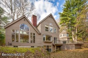 1499 Mill River Great Barrington, New Marlborough, MA 01230