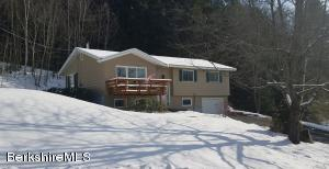 28 Maple, Cheshire, MA 01225