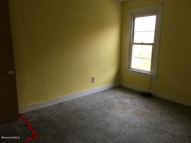 251-308392 Bedroom 2