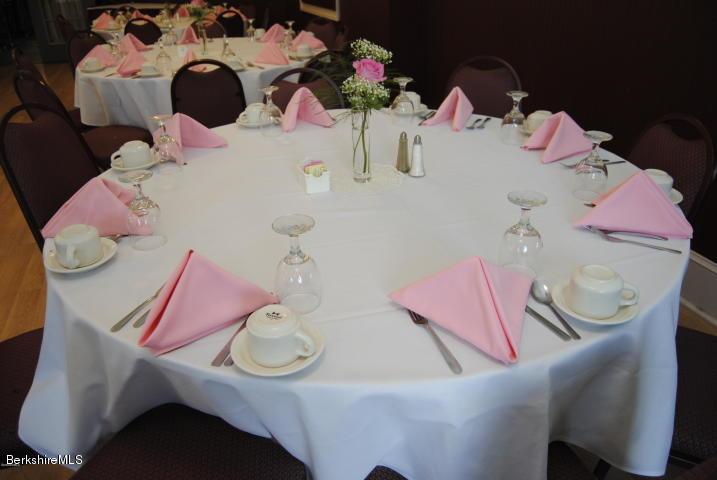 Dining Table Setups