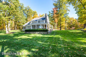 189 Schnackenberg Rd Ghent NY 12075