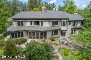1 Lahey Crossroad, Stockbridge, MA 01262