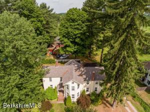 6 Goodrich, Stockbridge, MA 01262
