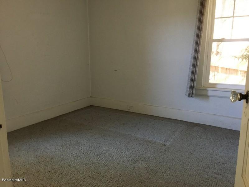 Extra Room 2