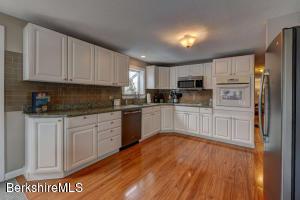 410 East New Lenox Rd Pittsfield MA 01201