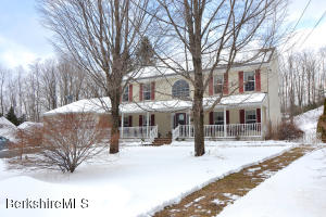 261 Maple St Hinsdale MA 01235