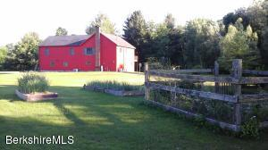 65 Green River Ln Hillsdale NY 12529