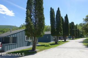 51 Lake View Dr Pownal VT 05261