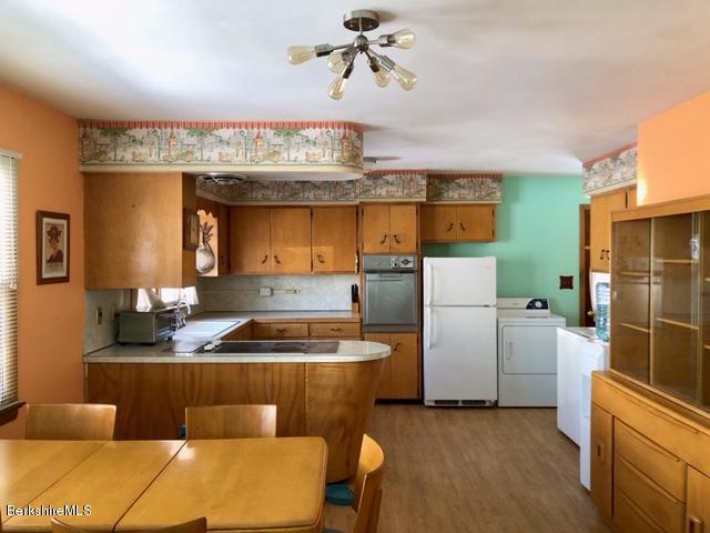 14 Chesbro Ave NA Kitchen Dining