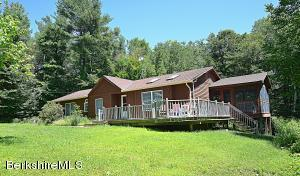 982 Fred Snow Rd, Becket, MA 01223