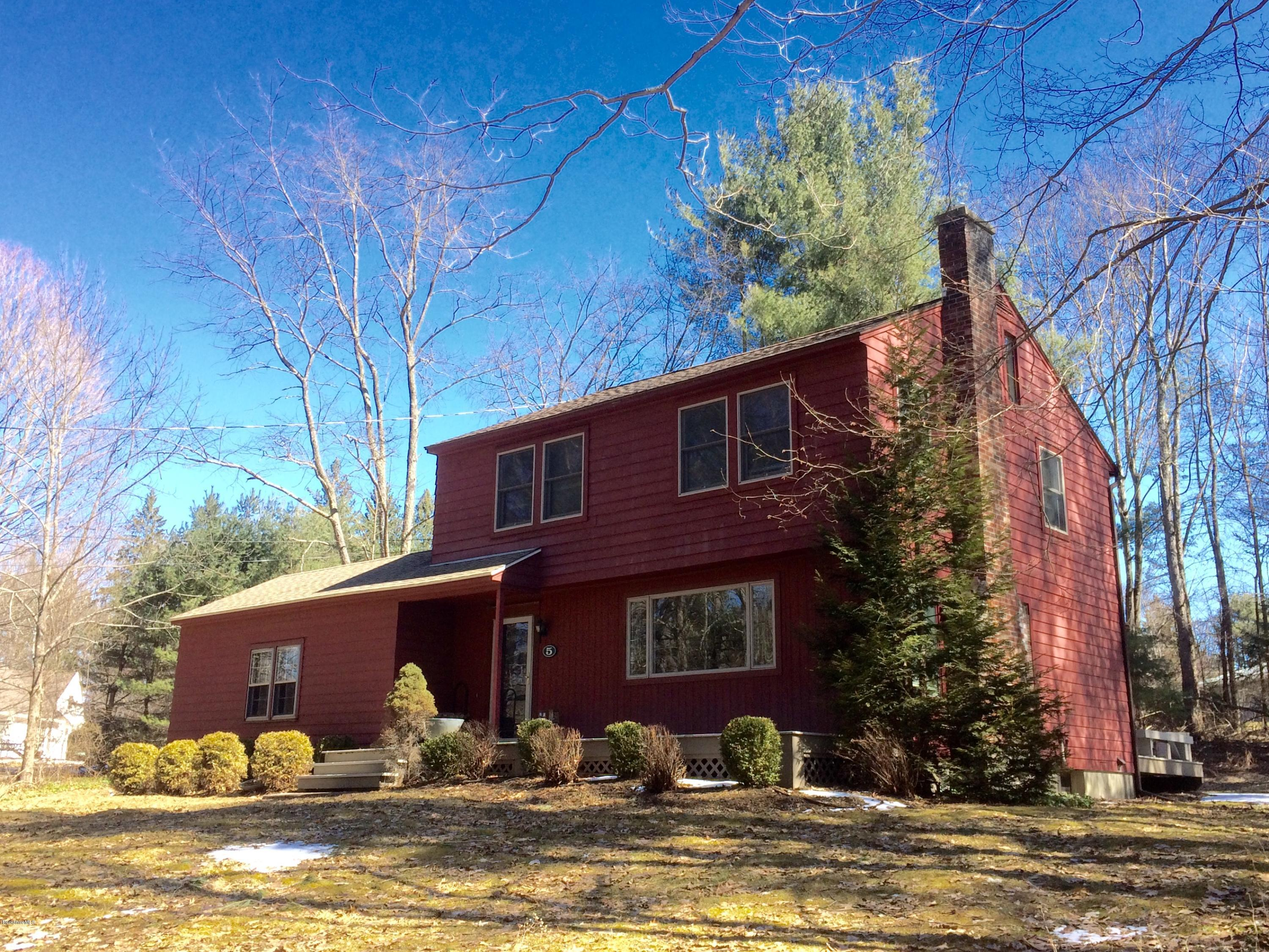 5 Hawthorne Rd Stockbridge MA 01262