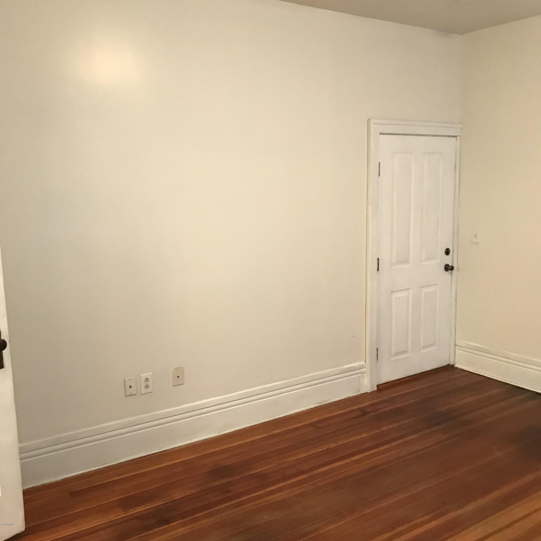 36 porter apt 2 Living room 1