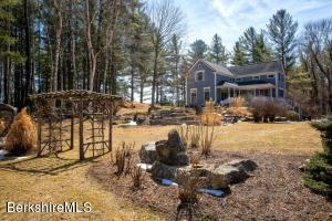 674 Foley Rd, Sheffield, MA 01257