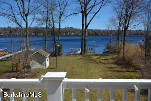 16 Old Stagecoach Rd, Otis, MA 01253