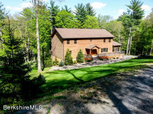 151 Stagecoach Rd Hillsdale NY 12529