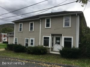 25 Margerie St Lee MA 01238