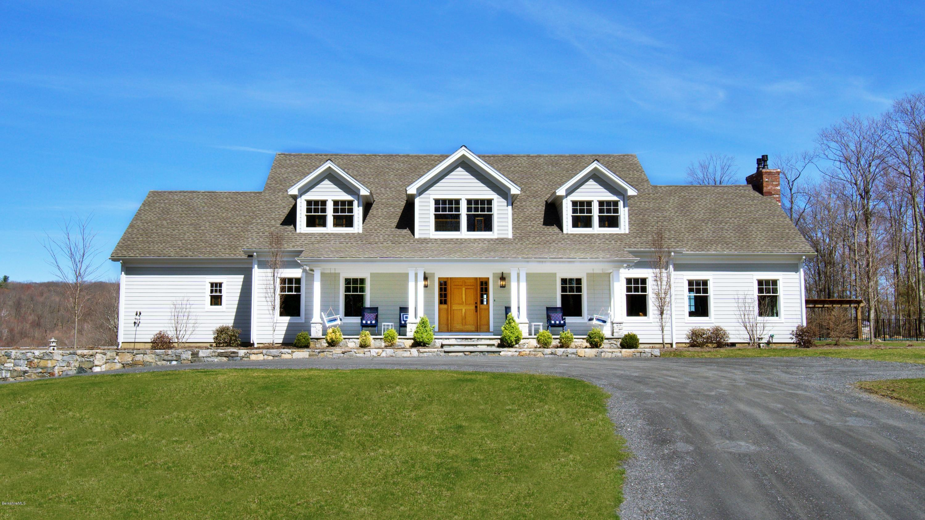 32 Oxbow Rd Egremont MA 01230