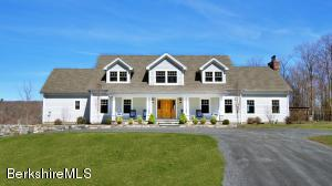 32 Oxbow Rd, Egremont, MA 01230