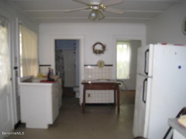 Unit 1 kitchen