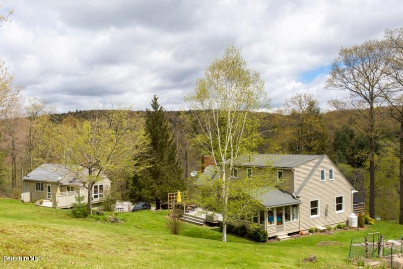 4 Stonebridge Way Tyringham MA 01264