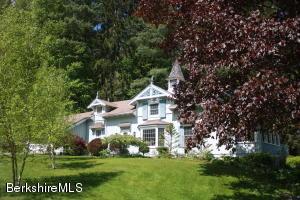 1528 Pleasant St, Lee, MA 01238