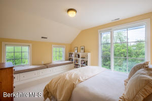 231 Sloan Williamstown MA 01267