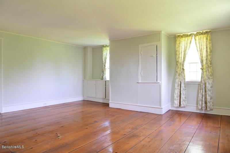 1 South Hill, Stockbridge, Massachusetts 01262, 5 Bedrooms Bedrooms, 10 Rooms Rooms,3 BathroomsBathrooms,Residential,For Sale,South Hill,227628