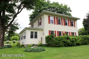 135 Laurel St, Lee, MA 01238