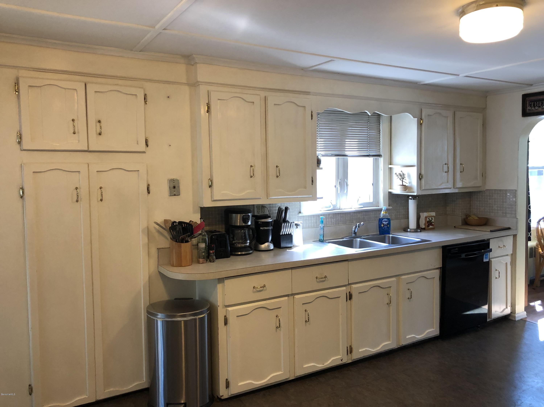 Kitchen 2 - 12