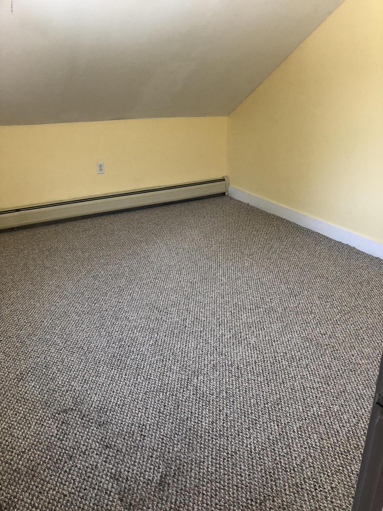 Bedroom 2 - 10
