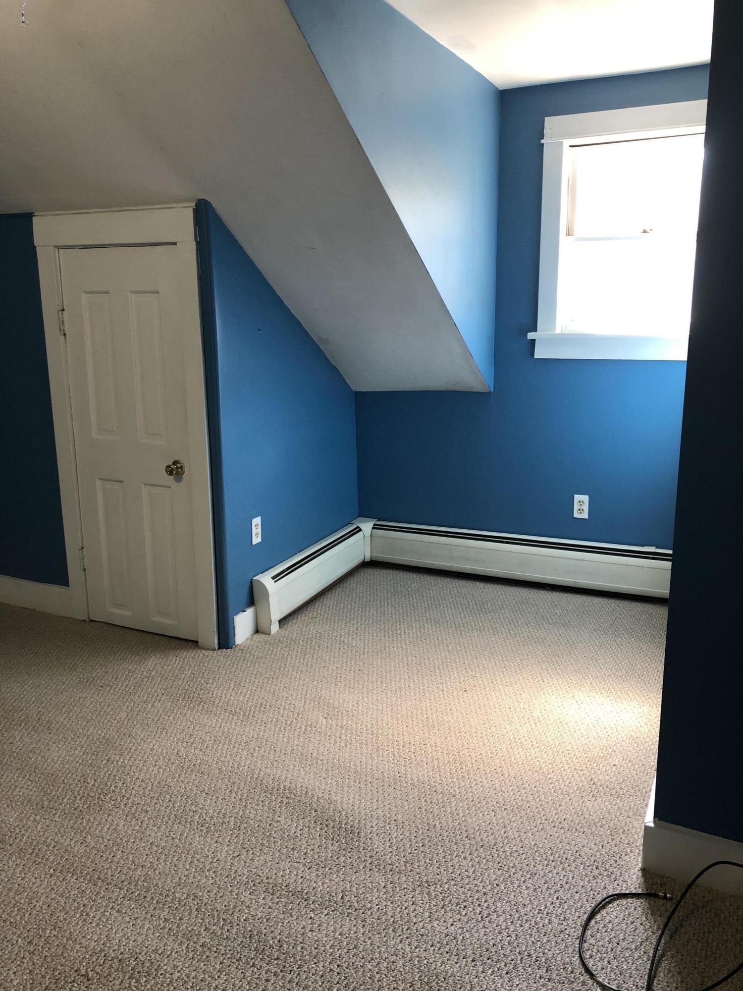 Bedroom 1_2 - 10
