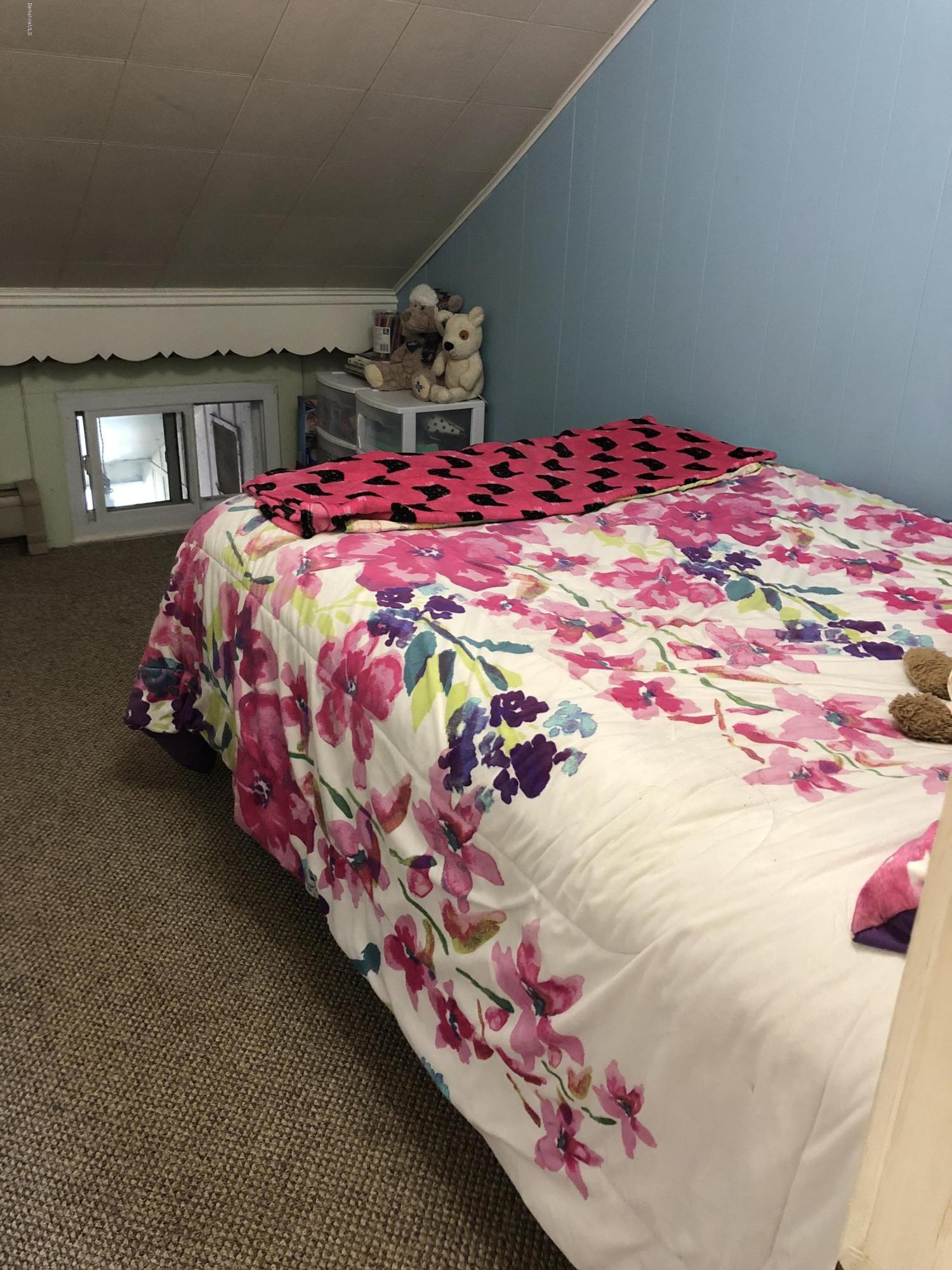 Bedroom 2 - 12