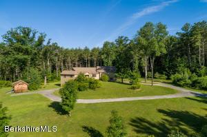499 Clayton Mill River Rd, New Marlborough, MA 01244