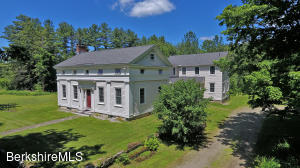 560 Stockbridge Rd, Lee, MA 01238