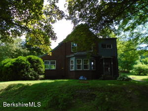 190 Laurel St, Lee, MA 01238