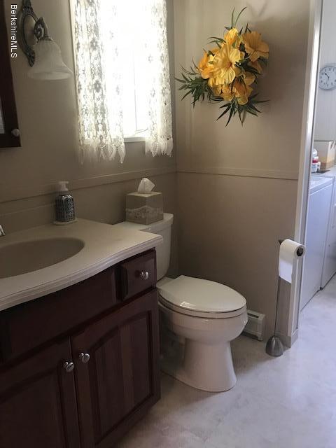 first floor 3/4 bath
