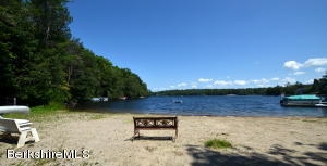 130 South Cove Rd, Becket, MA 01223