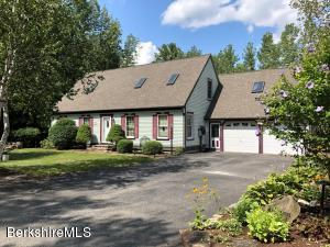 120 Mandalay Rd, Lee, MA 01238