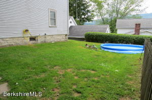 20 Meadow Adams MA 01220