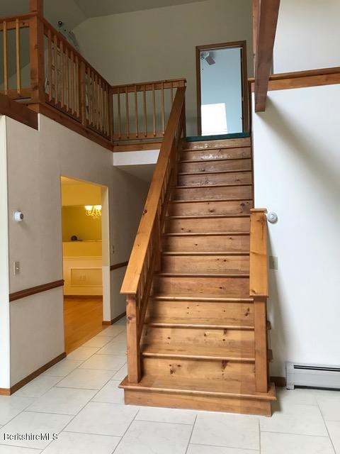 stairs to loft and 2nd master