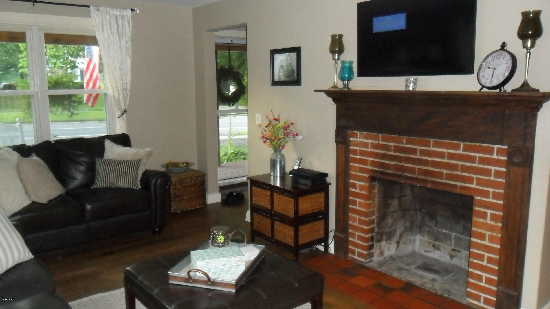 404 Dalton Ave, Pittsfield, MA 01201 (MLS# 228461) - At Home