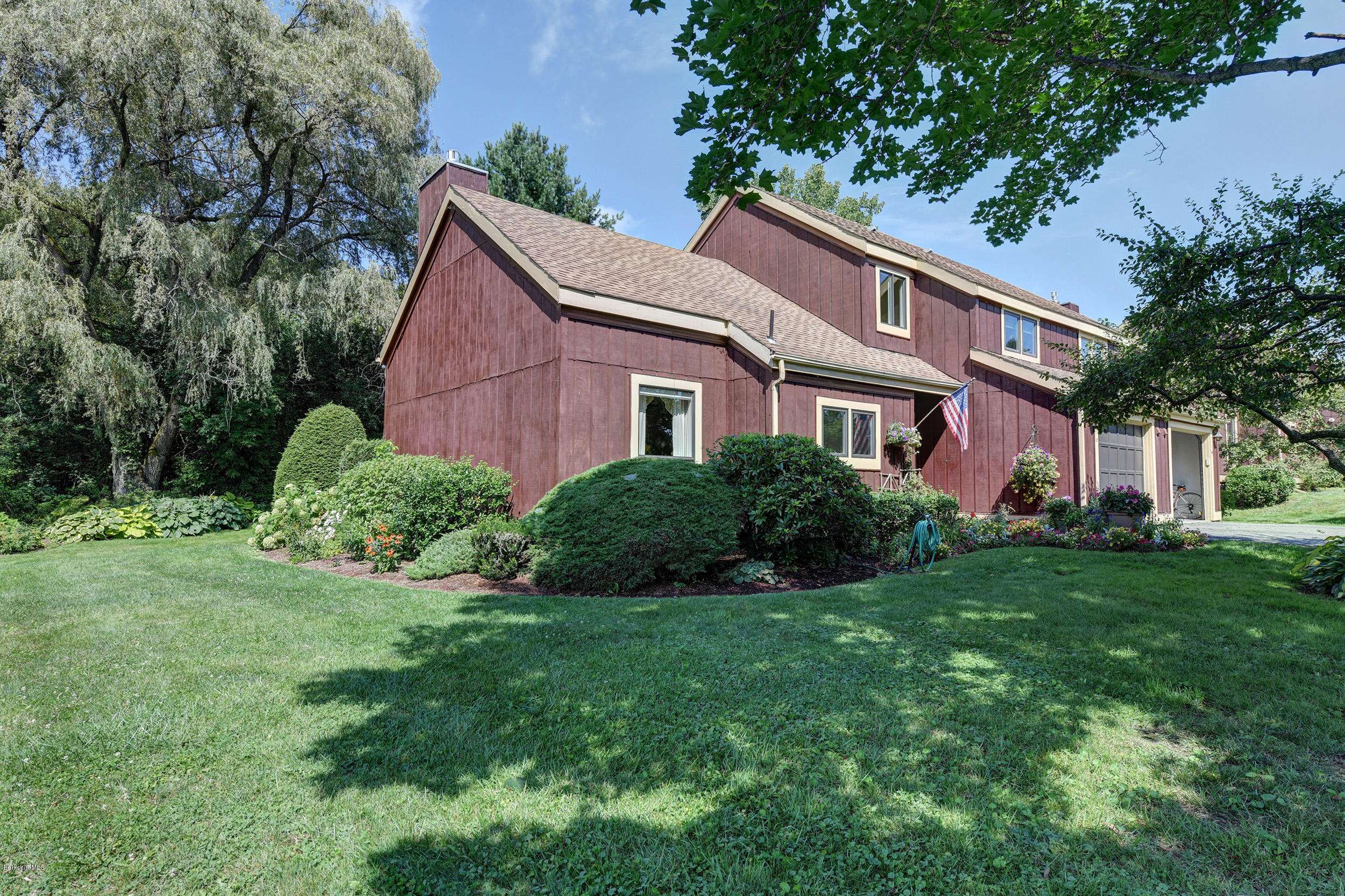 35 Thistle Path Williamstown MA 01267