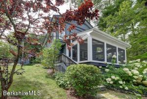 39 Lakeside Rd, New Marlborough, MA 01230