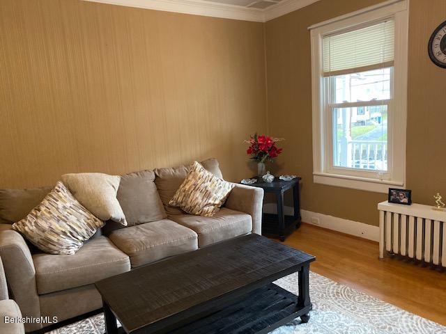Living room 19