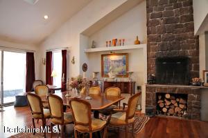 12 Red Rock West Stockbridge MA 01266