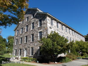488 East Housatonic St, Dalton, MA 01226
